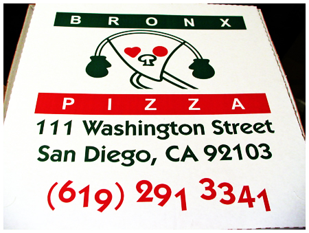 http://www.sdfoody.com/bronxpizza/bronxpizza.jpg